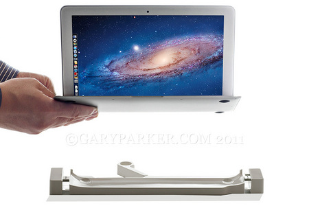 LandingZone dock for the MacBook Air from InfiniWing. Click here to  see manufacturer's website