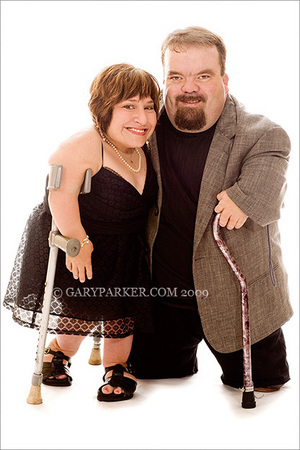 "Singer/actress/director Tekki Lomnicki, 41"", & Bill Bradford, 44"", each have Diastrophic Dysplasia."