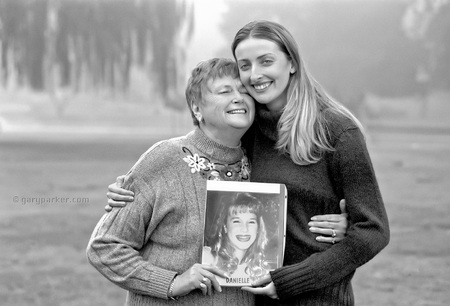 Donor recipient and daughter with donor photo
